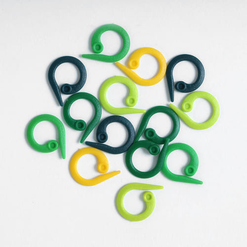 Knitpro Mio: Set di marcapunti ad anello aperto in 4 differenti colori - Amici di Maglia