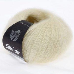 Lana Grossa Silkhair Uni 052 bianco crudo: prezioso filato in kid mohair e seta - Amici di Maglia