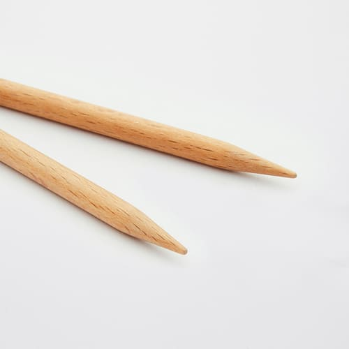 KnitPro Basix Birch: dettaglio delle punte intercambiabili in legno per ferri circolari- Amici di Maglia