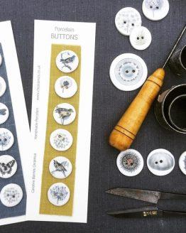 CB Ceramics Bird and Botanical: set di bottoni in ceramica dipinti a mano - Amici di Maglia