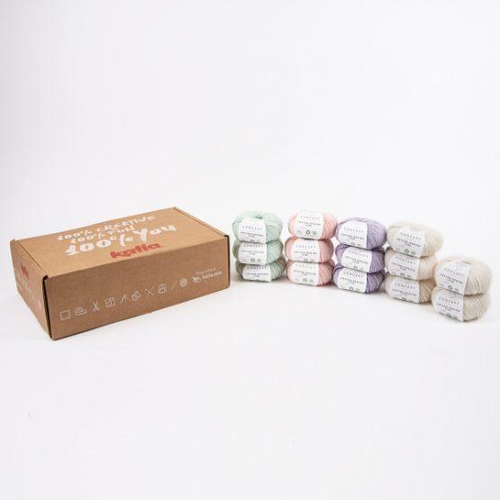 Katia Nana CAL kit per copertina all'uncinetto per neonati - gomitoli: il kit contiene 14 gomitoli del filato Katia Cotton Merino Fine e la brochure informativa - Amici di Maglia